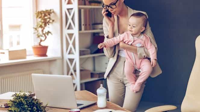 Angajații cu copii mici vor avea un program flexibil de muncă. De când intră în vigoare directiva europeană