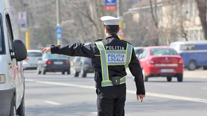 Ce salarii încasează polițiștii comunitari, în comparație cu polițiștii de la rutieră. Banii sunt, relativ, aceiași