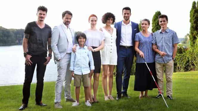Actorii din serialul Vlad dau întâlnire fanilor în mediul online. Aceştia vor putea să socializeze pe Instagram, cât timp serialul PRO TV este suspendat din cauza epidemiei de coronavirus