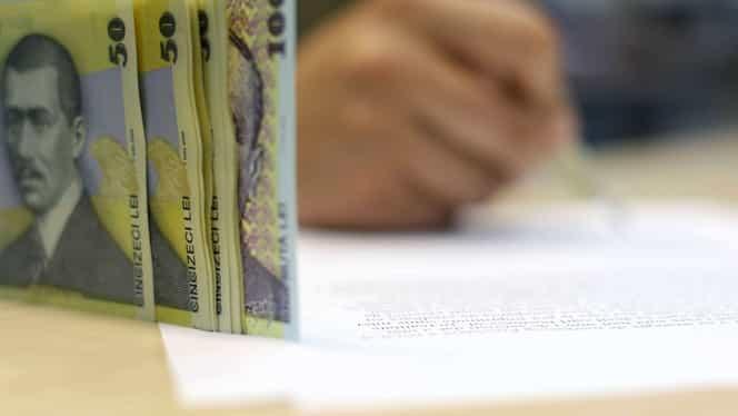 Vești bune, de la Guvern! Mai mulți bani pentru salariați! Angajații care vor primi măriri de salariu de 75%