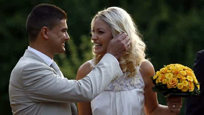 Cum arăta rochia de mireasă a Valentinei Pelinel de când s-a măritat cu Cristian Boureanu. Imagini de la nuntă