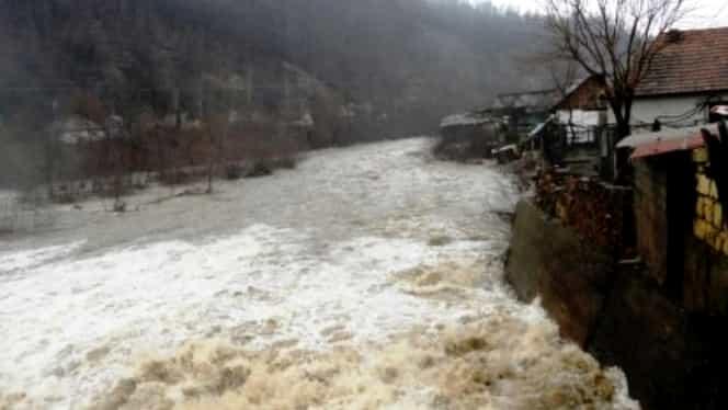 ANM, cod portocaliu de inundații! Meteorologii avertizează în Ajunul Crăciunului