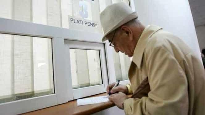 Pensiile românilor au scăzut