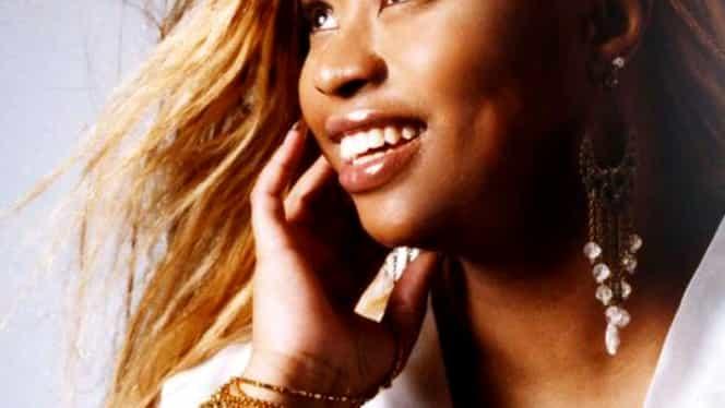 Doliu în muzică! Kim English, frumoasa cântăreață, a murit! Anunțul trist al familiei