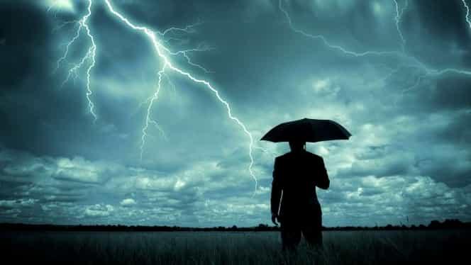 Cod galben de ploi, grindină și descărcări electrice. Unde va ploua!