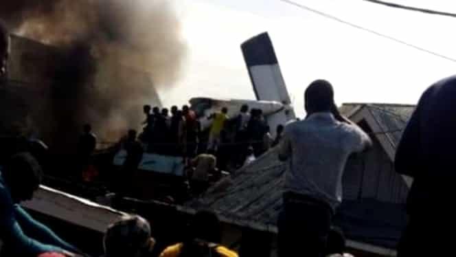 Avion prăbușit în Congo. 17 persoane erau la bordul aeronavei