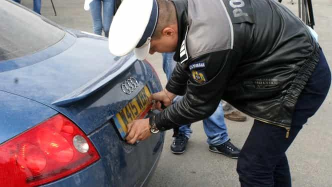 Anunț important pentru românii care au mașini aduse din Marea Britanie! RAR a decis