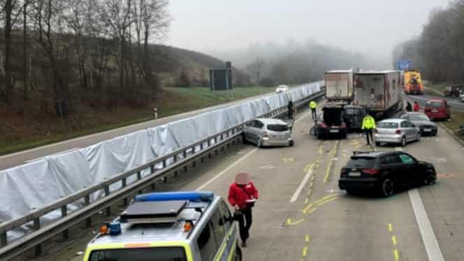 Tragedie în Germania! Șofer român de TIR implicat într-un accident cu doi morți și șase răniți. Momentul impactului a fost surprins de camera de bord