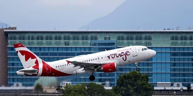 Reguli noi pentru transportul cu avionul! Tot ce trebuie să știi ca să nu te expui la riscuri uriașe
