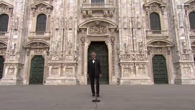 Andrea Bocelli, concert în fața Domului din Milano, fără niciun spectator. Mesajul emoționant al artistului