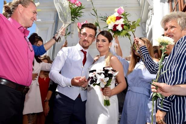 Fiica lui Oreste s-a căsătorit! Ce rochie a purtat tânăra! Avem fotografii de la nuntă!