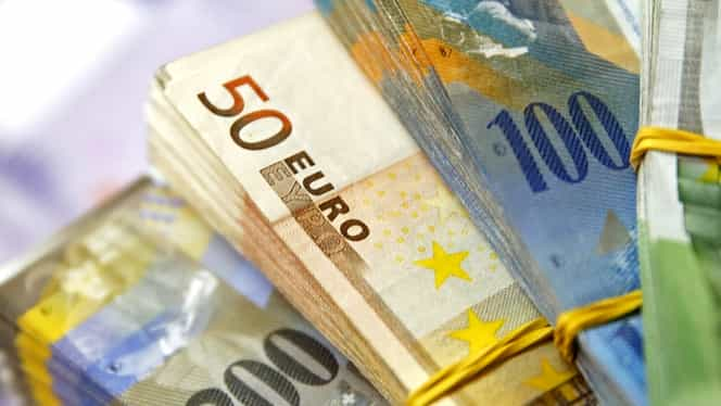 CURS BNR. Francul elveţian şi euro, din nou în creştere