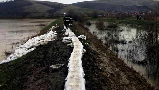 Cod galben de inundații în mai multe zone din țară! Alertă ANM