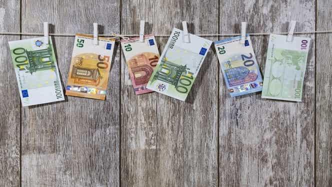 Curs valutar BNR, azi, 14 ianuarie 2020. Cotațiile monedelor euro și dolar în raport cu leul