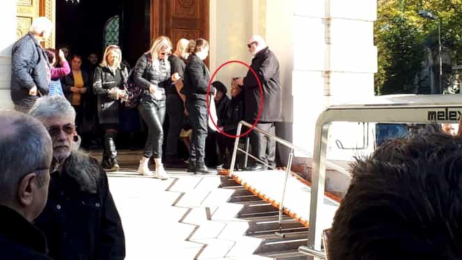 Momente dificile la înmormântarea lui Leo Iorga. Soției artistului i s-a făcut rău
