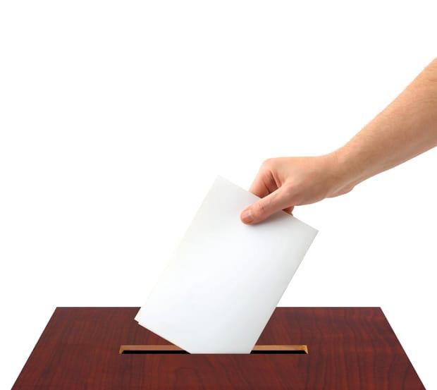 Sondaj CURS: Klaus Iohannis domină în cursa pentru alegerile prezidențiale! Ce se întâmplă cu Dragnea