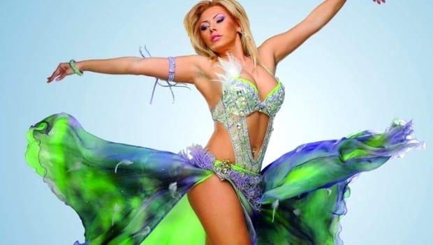 Cum mai arată dansatoarea Jasmine, fosta iubită a lui Leo de la Strehaia