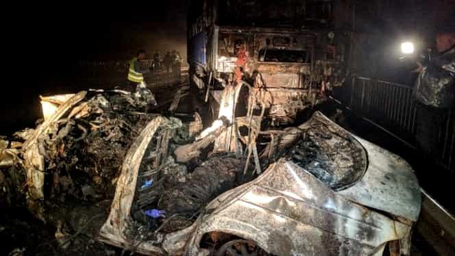 Accident în Bihor: 3 tineri au murit corbonizați în interiorul mașinii