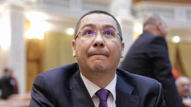 """Victor Ponta, după lansarea Vioricăi Dăncilă: """"Lângă doamna Dăncilă, erau numai oamenii care urmează să îi ia locul, cum spune românul să îi ia gâtul"""""""