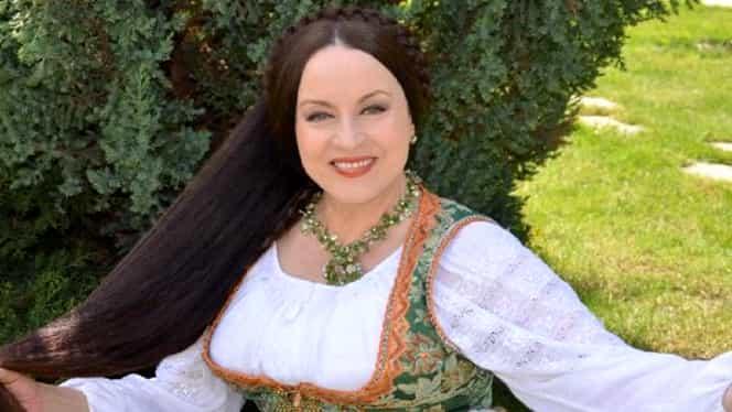 """Maria Dragomiroiu a dezvăluit secretul podoabei sale capilare: """"Îl dau cu balsam și îl usuc zece minute"""""""