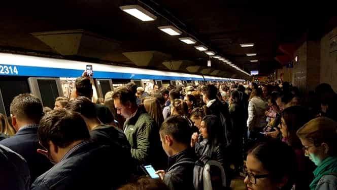 Metrorex, probleme tehnice. Călătorii au fost blocați în stații