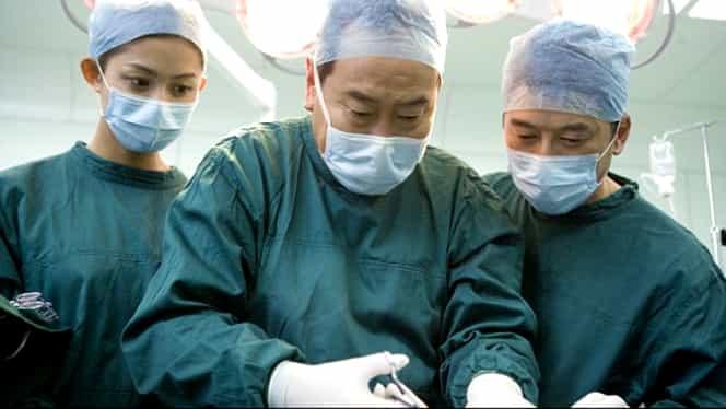 Premieră medicală: O fetiţă a primit un craniu nou