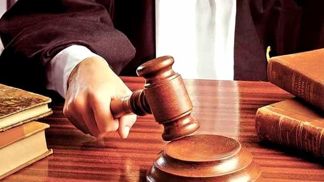Lovitură pentru Legile justiţiei! CCR declară neconstituţionale texte din Legea magistraţilor!