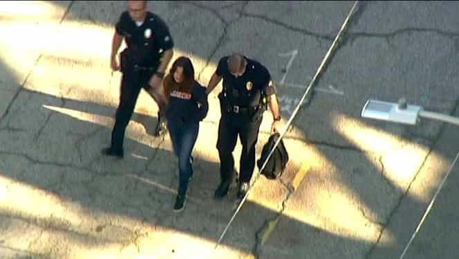 Atac armat la o şcoală din SUA! O fetiţă de 12 ani a împuşcat doi elevi!