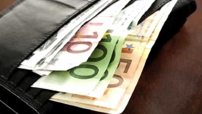 O ţară din Europa vrea să interzică plata cash, din anul 2023! Cum se va descurca populaţia!
