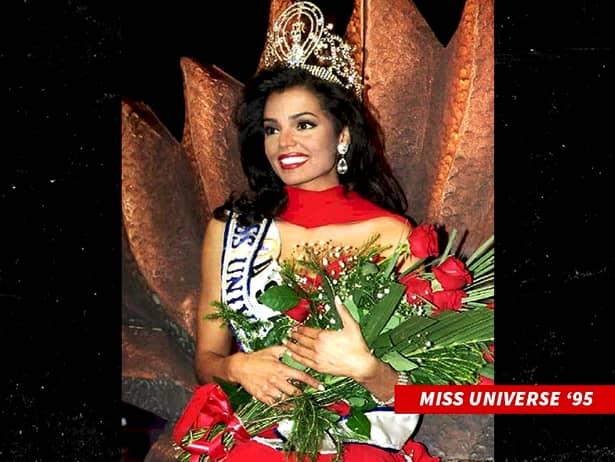După aceea, Chelsi Smith a devenit Miss SUA. În 1995, a concurat în Namibia pentru titlul de Miss Universe. L-a câștigat, fiind prima tânără americană din ultimii 15 ani care lua acel titlu.