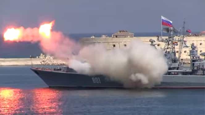 VIDEO. Flota RUSIEI s-a făcut de râs în Marea Neagră. O rachetă lansată eronat putea provoca o CATASTROFĂ