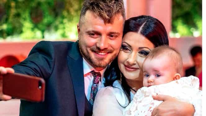 Suma fabuloasă cu care au rămas Gabriela Cristea şi Tavi Clonda, după botezul micuţei lor
