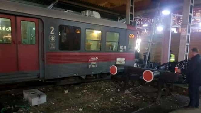 Grav incident la Gara de Nord! Un tren a deraiat, la un pas de a intra pe peronul central