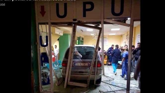 VIDEO Un șofer a intrat cu mașina în UPU Craiova. Ce au descoperit anchetatorii