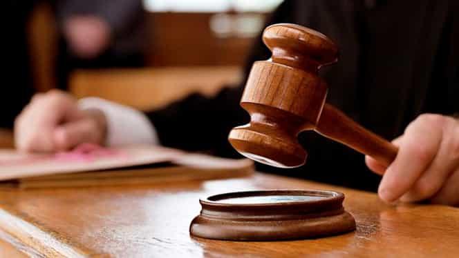 Un judecător din Thailanda s-a împușcat în sala de tribunal după ce a pronunțat verdictul într-un proces