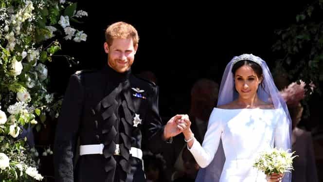 Ținutele de la nunta Prințului Harry cu Meghan au ajuns la expoziție!