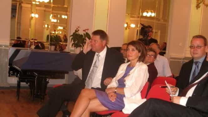 Klaus Iohannis și soția sa, Carmen, în vizită la Roma. Ce rochie a purtat Prima Doamnă
