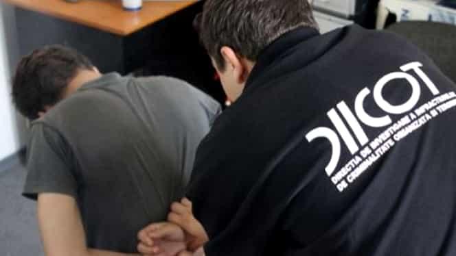 Patru tineri, arestaţi şi trimişi în judecată la Iaşi pentru terorism! Ce atac plănuiau