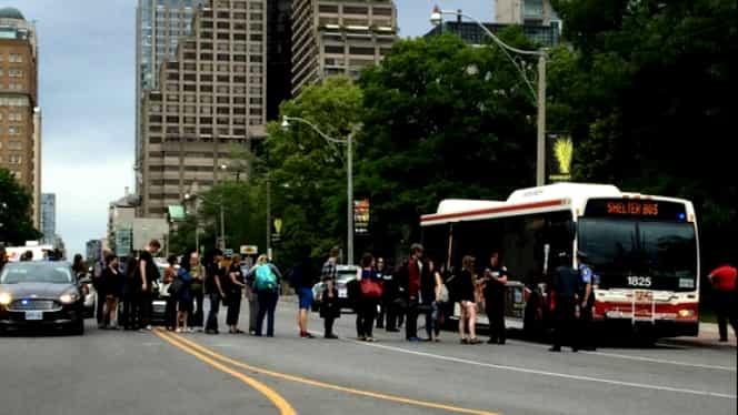 Alertă de securitate în campusul Universităţii din Toronto. Poliţia a dispus evacuarea de urgenţă