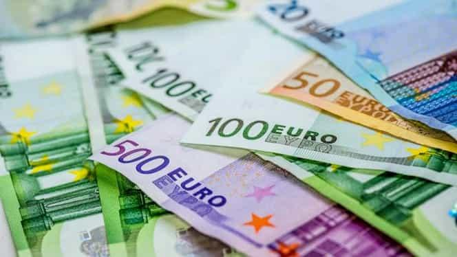 Curs valutar BNR azi, 10 decembrie 2019! Valorile monedelor euro, dolar și lira sterlină