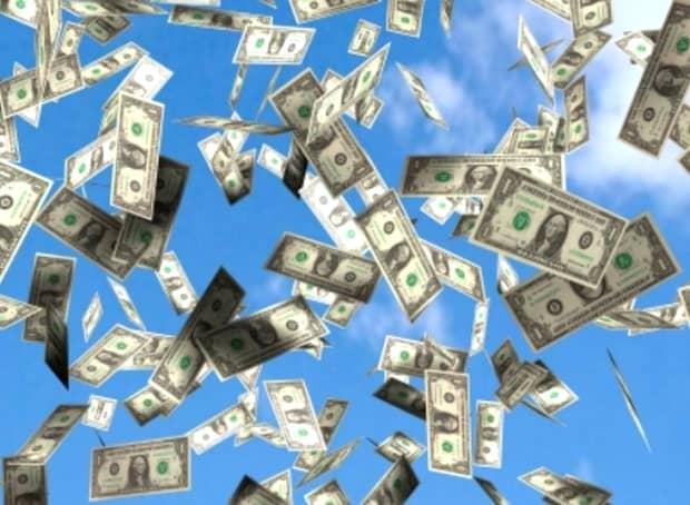Cele trei zodii de femei cu cel mai mare noroc la bani în luna iulie