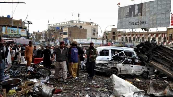 Atentat cu 11 morţi şi 33 de răniţi în Irak! Cinci atentatori sinucigaşi au năvălit în magazine!