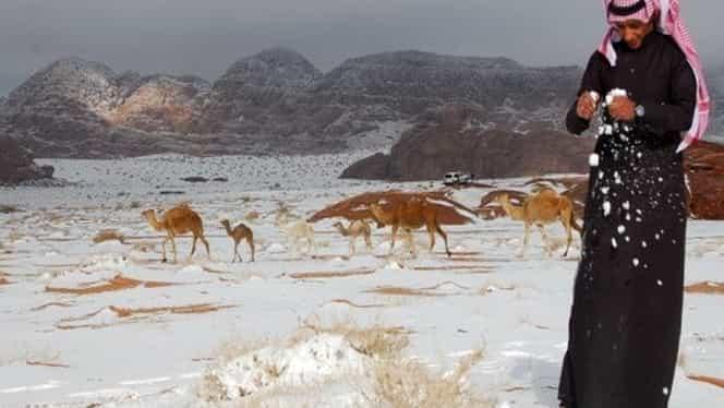 A nins într-unul dintre cele mai calde locuri de pe Pământ! Imagini spectaculoase din deşertul Sahara!