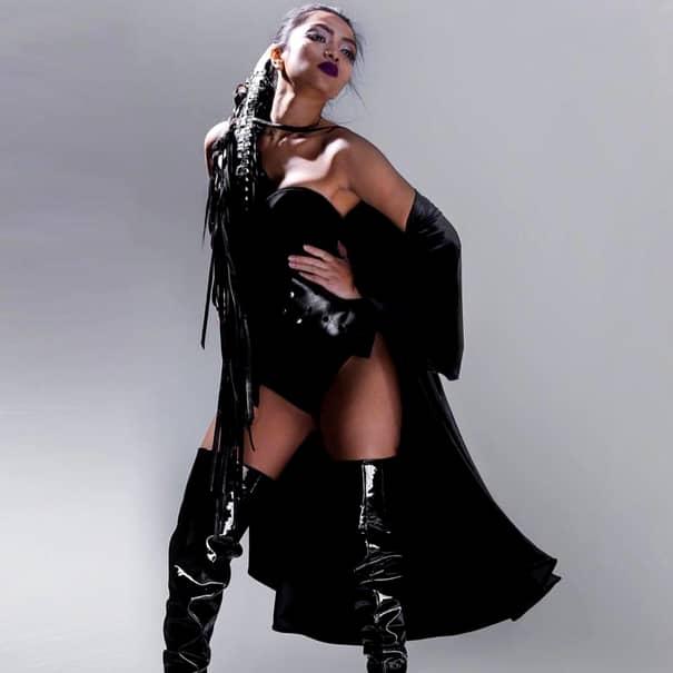 Cu ce se ocupa Bella Santiago, câștigătoarea X Factor, înainte să vină în România. GALERIE FOTO