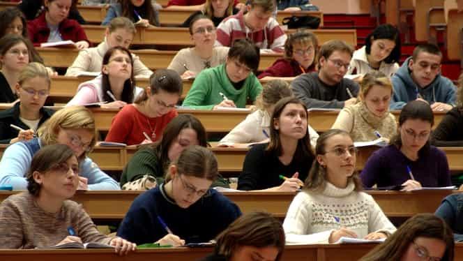 Cea mai mare Universitate din România își suspendă cursurile, de frica coronavirusului. 45 de mii de studenți sunt afectați