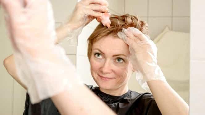 Bicarbonatul de sodiu, eficient în îndepărtarea petelor de vopsea de pe piele