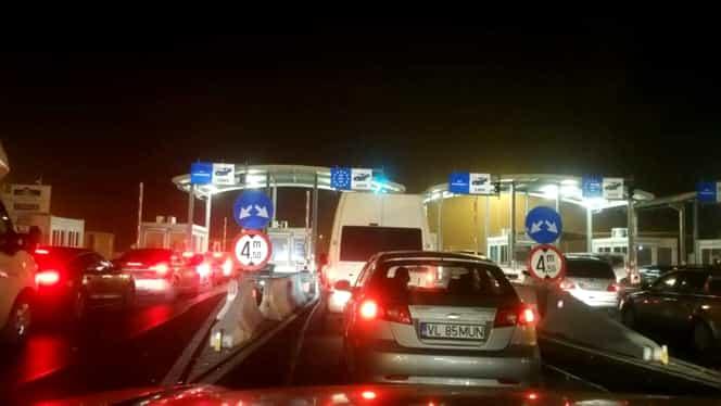 Vama Nădlac, blocată de ore bune. Românii se întorc la muncă în străinătate. FOTO
