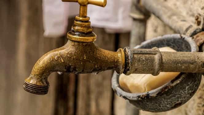"""Un gălățean ar putea rămâne fără apă pentru o datorie de… 3 bani: """"Sună-i și întreabă-i dacă se poate plăti cu cardul"""""""