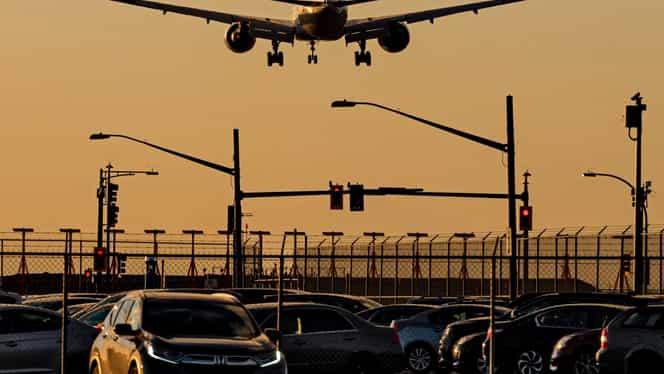 Companiile aeriene își suspendă zborurile spre China! Operatori importanți au confirmat știrea