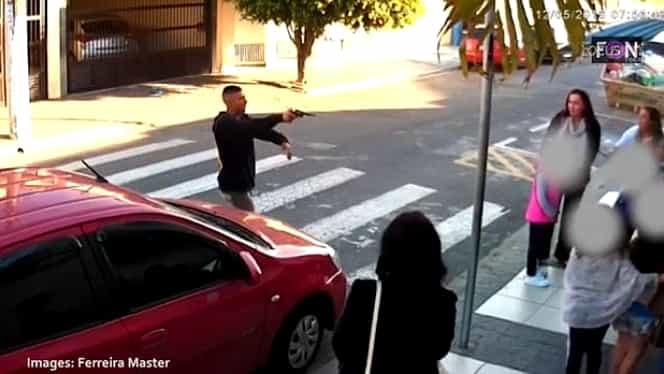 Hoț împușcat mortal în timpul unui jaf armat! Atenție, video foarte violent!